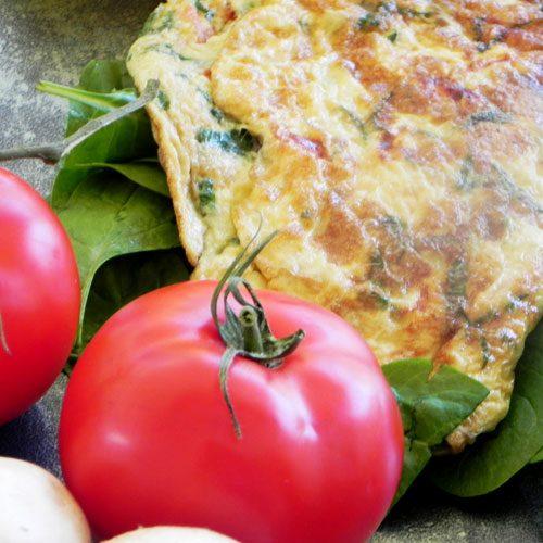 i-bites-Tortilla de 3 claras con vegetales y una tostada-marbella-healthy-restaurant